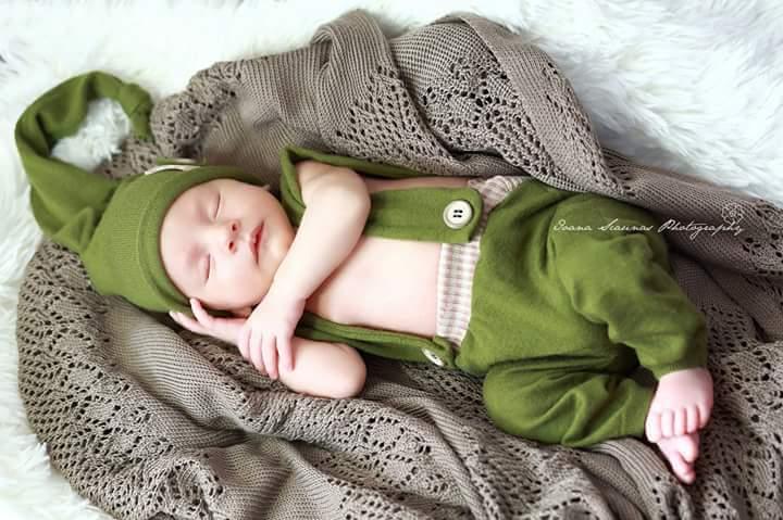 Bebelus spiridus fotografie nou nascut