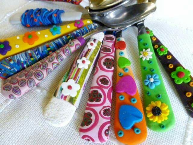 Lingurite manere colorate fimo personalizate copii cadouri craciun heartwarming sibiu