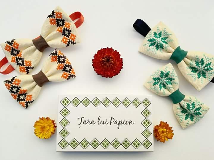 Papion barbati model traditional colorat vesel cusut